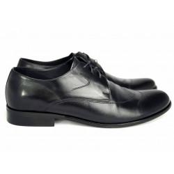 Męskie wizytowe pantofle z okrągłymi czubkami  Pilpol 637 czarne buty