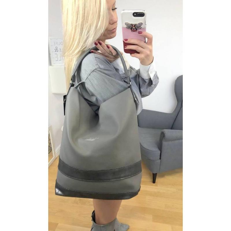 Jasno szara torebka damska typu worek ze mieniącym paskiemLaurence A4