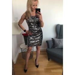 Obłędna sukienka w cekiny  dekold w serek SIZE MERC