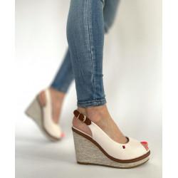 Sandały damskie  na koturnie beżowe  Seastar R133P