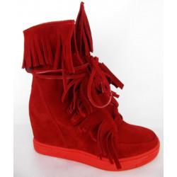 Carinii 3767 czerwone całosezonowe  sneakersy (złote dodatki)